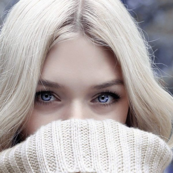 The growing obsession with blue contact lenses